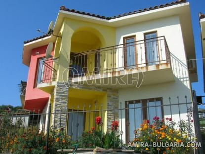 House in Byala 400 m from the beach front