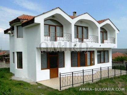 Furnished house 3km from Kamchia beach