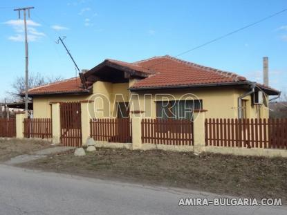 New house next to Varna 1