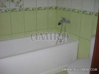 Furnished sea view apartments in Kranevo bathtub