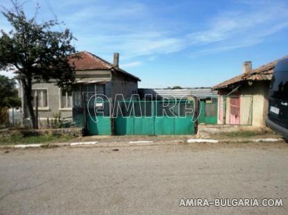 House near Dobrich Bulgaria 4