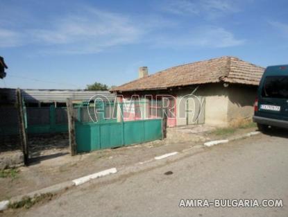 House near Dobrich Bulgaria 5