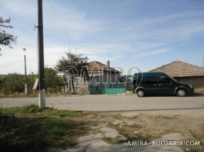 House near Dobrich Bulgaria 7