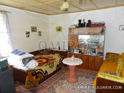Town house with bar for sale 10