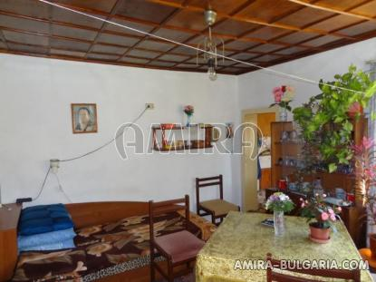 Town house with bar for sale 13