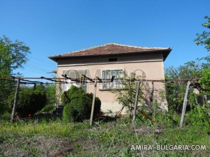 Cheap house in a big bulgarian village 1