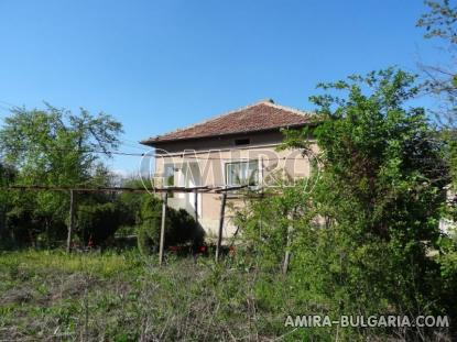 Cheap house in a big bulgarian village 6