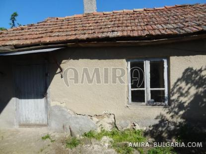 Cheap house in a big bulgarian village 9