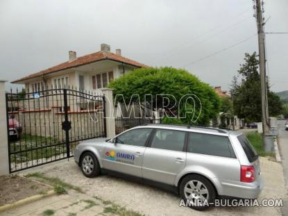 Furnished guest house in Kranevo 9