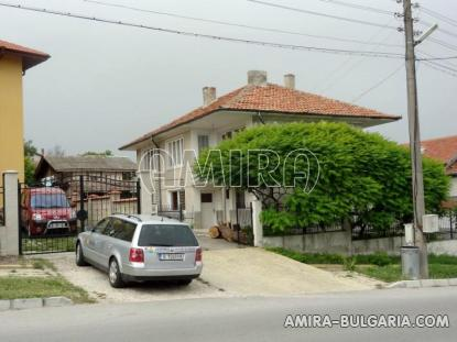 Furnished guest house in Kranevo 10