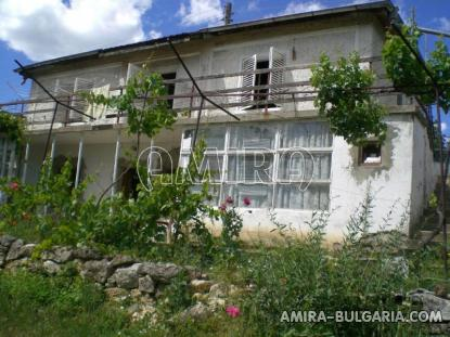 House in Bulgaria near a lake