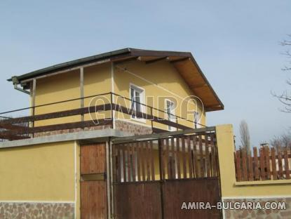 Renovated house in a big Bulgarian village 4