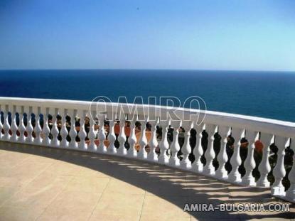 Luxury villa with breathtaking sea view 2