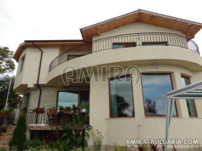 Furnished sea view villa in Varna 2