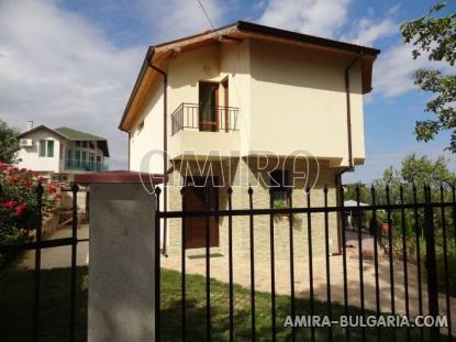 Furnished sea view villa in Varna 3