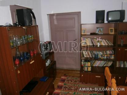 Bulgarian house 40km from the beach 10