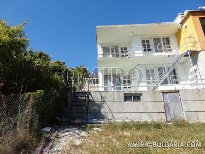 Cheap sea view house 6