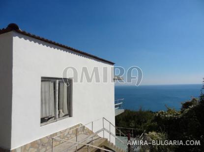 Cheap sea view house 9