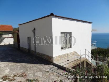 Cheap sea view house 11