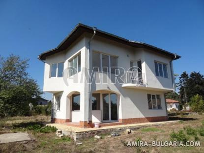 Three bedroom house near the beach 3