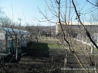 Furnished bulgarian home near a dam 4