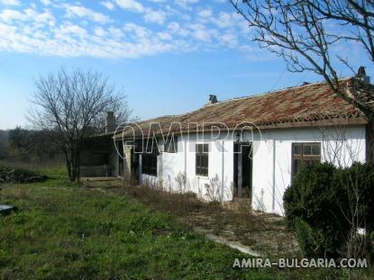 House in authentic Bulgarian style side 3