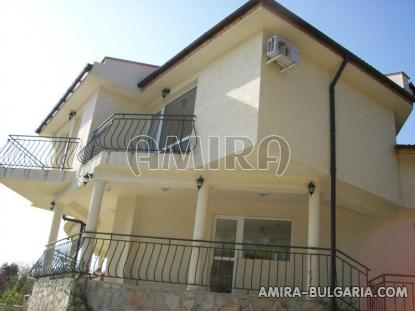 Furnished sea view villa in Varna