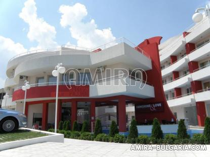 First line apartments in Kranevo