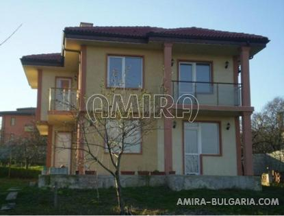 New house 4km from Kamchia beach front