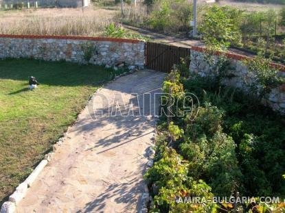 Authentic Bulgarian style house garden 2