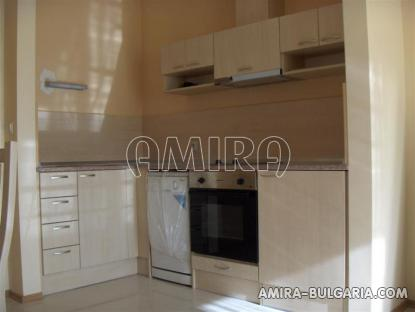 Furnished apartments in Bulgaria near Albena kitchen