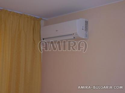Furnished apartments in Bulgaria near Albena air conditioner