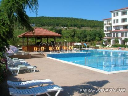 Furnished apartments in Bulgaria near Albena pool bar