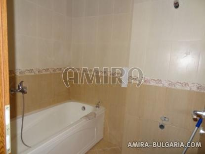 Sea view apartments in Balchik bath tub