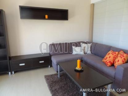 one bedroom apartment 5