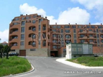 Sea view apartments in Varna front 3