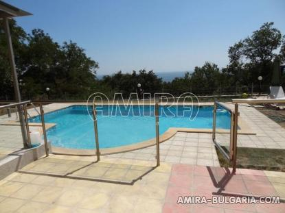 One bedroom sea view apartment in Varna 8