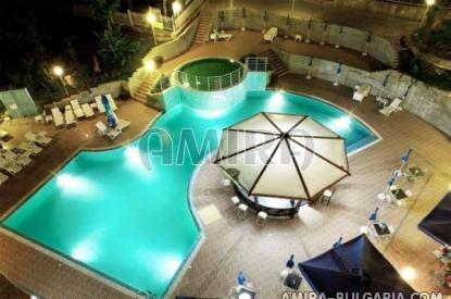 Аpartments in Bulgaria 250 m from the beach swimming pool