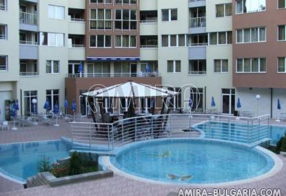 Аpartments in Bulgaria 250 m from the beach pool