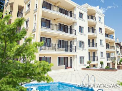 Sea view apartments 500 m from the beach