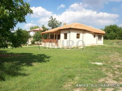 Furnished house in Bulgaria garden