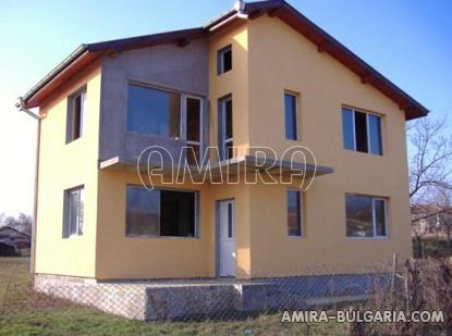 Spacious house in Bulgaria 7 km from the beach of Albena front 4