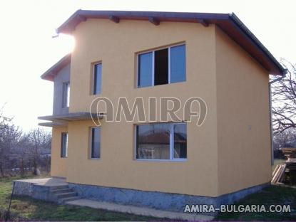 Spacious house in Bulgaria 7 km from the beach of Albena front 5