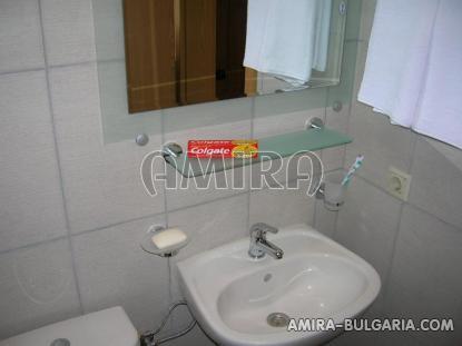 Furnished apartments in Bulgaria near Albena bathroom