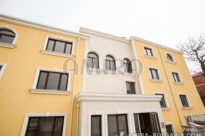 Sea view apartments 500 m from the beach 2